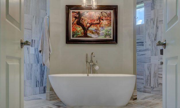 How to: Detox Clay Bath 101 + 2 Clay Bath Recipes