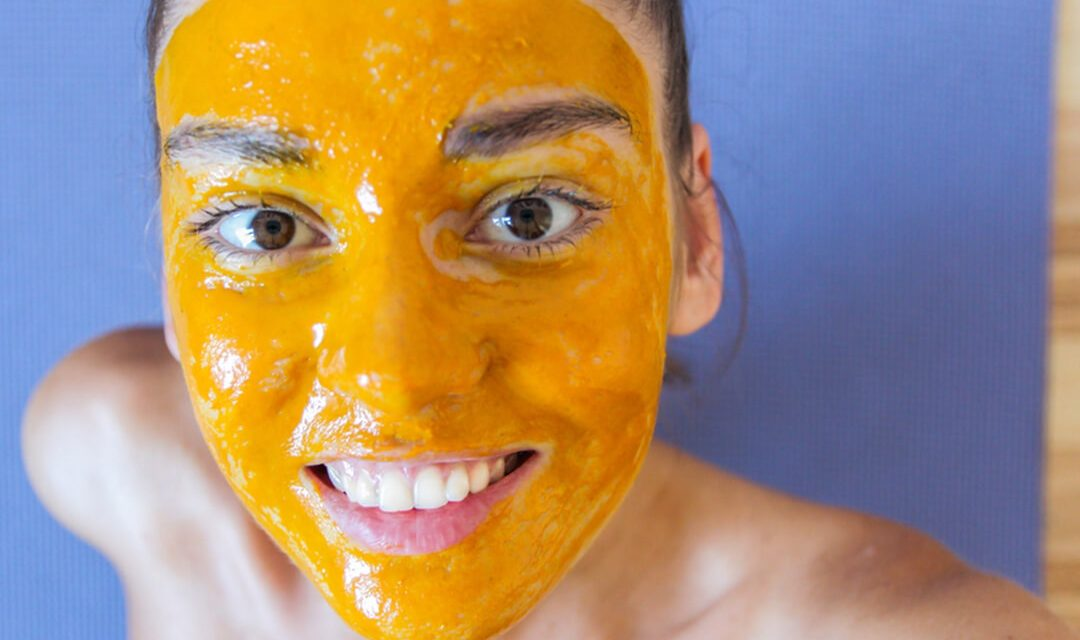 Turmeric Face Masks for getting rid of Acne Naturally and FAST