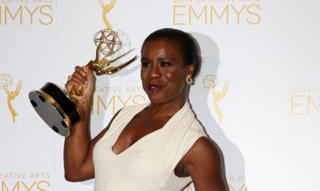 Orange Is The New Black Actress Uzo Aduba Takes Home Award
