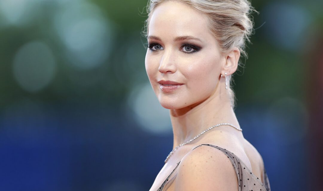 Nude photos leaked allegedly of Jennifer Lawrence