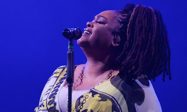 Jill Scott Responds to Nude Photo Leak: 'I Wish I Had That Space Between My Thighs'