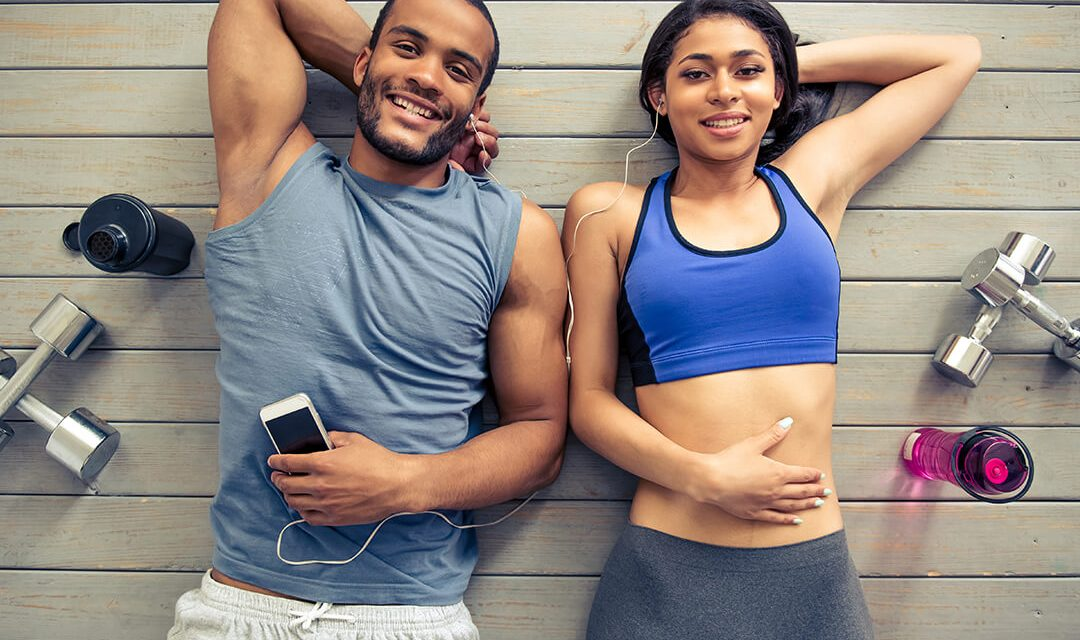 6 Exercises You Can Do With Your Boyfriend In The Gym
