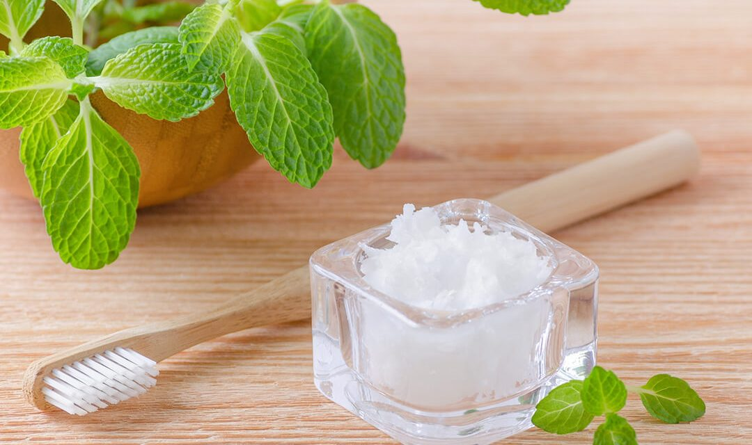 7 Amazing Health Benefits Of Oil Pulling