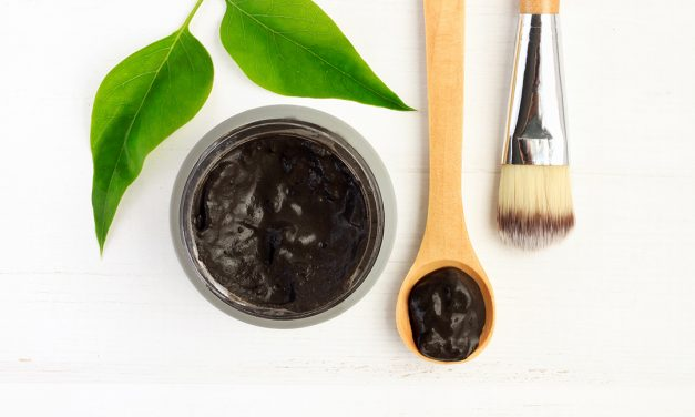 4 Clays You Should Be Using for Acne, Scars And As Anti-Aging Agents