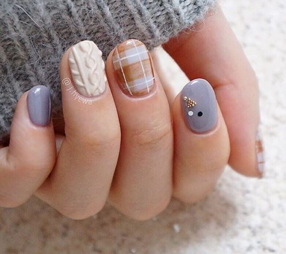 sweater nails 67